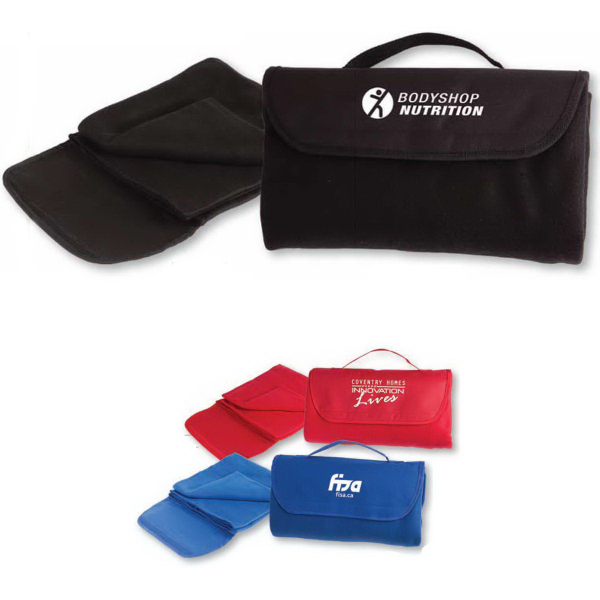 The Recreationist All-In-One Foldable Fleece Blanket